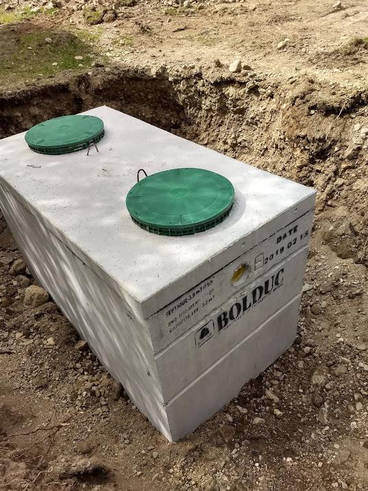 installeren van een septic tank